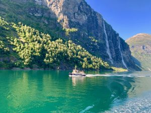 Гейрангерфьорд водопад 7 сестер