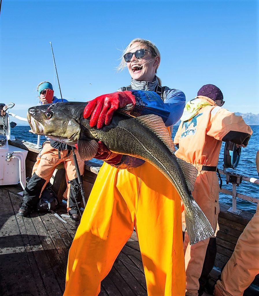 женщины на рыбалке с Uniktur